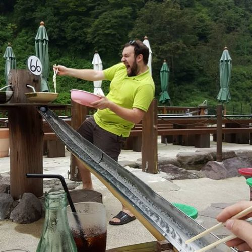 Catching soba in Myoko